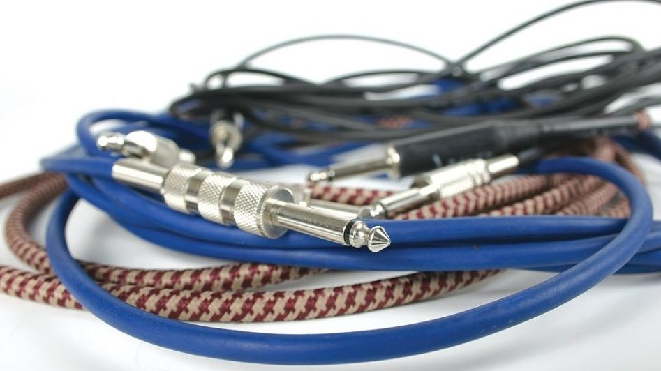 """Analysis Plus 6/"""" Pro Oval Studio Patch Cable with Angle//Angle Plugs"""