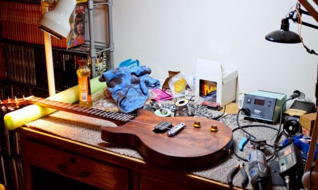 The Best Soldering Irons For Guitar Repair & Pedal Building – 2019 Buyer's Guide